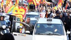 I tassisti di nuovo in piazza: cortei e blocchi a Roma, Napoli e Milano (DIRETTA
