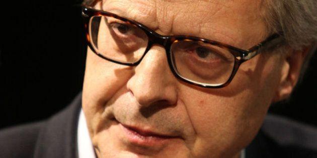Vittorio Sgarbi ricoverato in ospedale a Bergamo in seguito a un malore con dolori