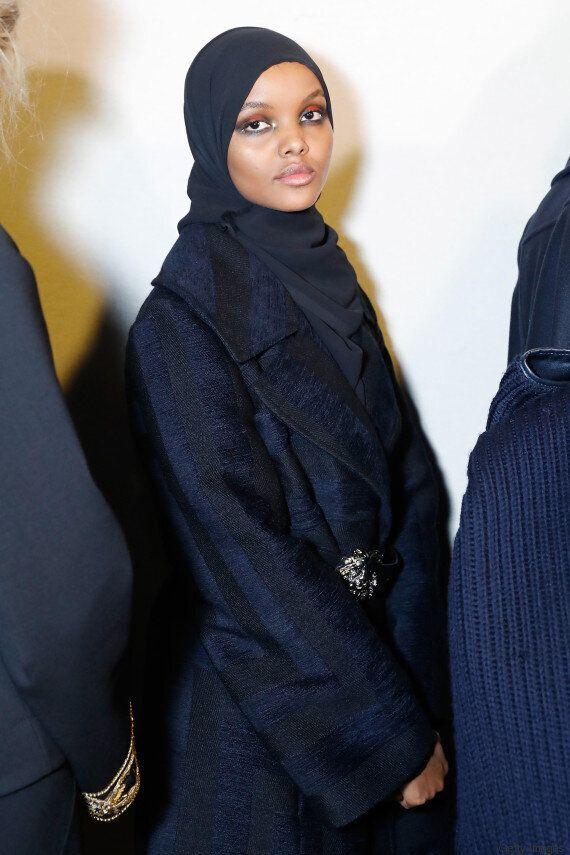 La rivincita di Halima Aden, nata in un campo profughi e ora modella alla Milano Fashion Week, sfila...