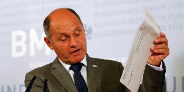 Problema di colla nelle buste, l'Austria rinvia le elezioni. Governo chiede di spostare ballottaggio...