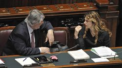 Poletti gaffeur e Madia copiona: polemiche contro i due