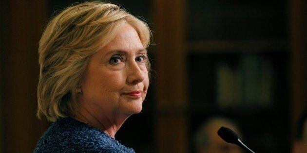 Non sarà Hillary a certificare il sesso