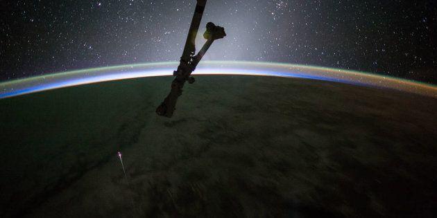 AAA cercasi difensore della Terra dagli alieni: la NASA pubblica l'annuncio di lavoro (e lo stipendio...
