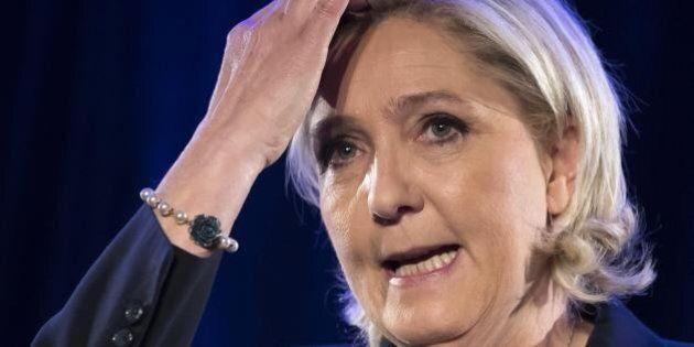 Marine Le Pen, indagato un suo stretto collaboratore per irregolarità durante campagne