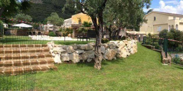 Segni sospetti sul corpo della bambina trovata morta in piscina nel Beneventano. Si attende