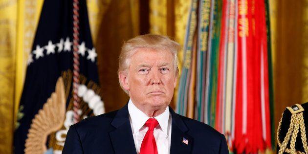 Un grand jury per il Russiagate. Trump continua a negare ma la Cnn svela:
