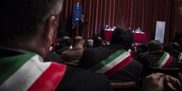 Anci, Matteo Renzi cerca un nome unitario. In corsa De Caro, Ricci e Bianco. E M5s valuta il grande