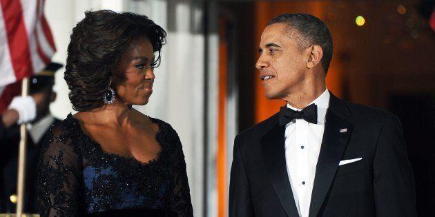 Una sconosciuta invita Michelle e Barack al matrimonio. I coniugi Obama rispondono con una lettera degna...