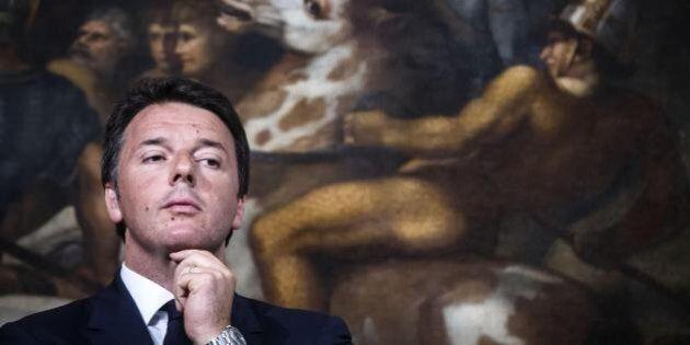 Dopo le amministrative, nel Pd cade il dogma dell'infallibilità di Renzi. Lui pensa alla nuova squadra