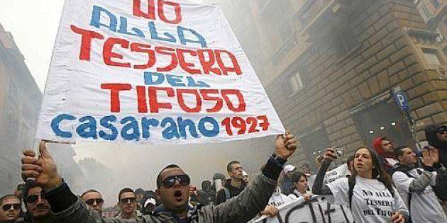 20091114 - ROMA - SPO - CALCIO: CORI CONTRO MARONI E SPACCAROTELLA A CORTEO