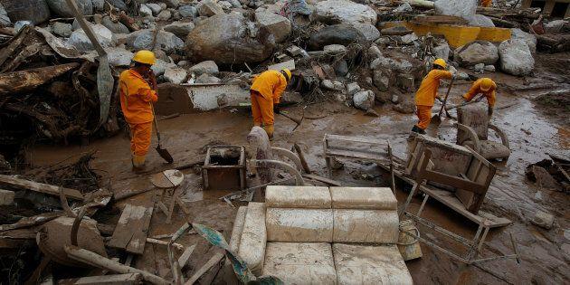 Valanga di fango in Colombia, a Mocoa si cercano due