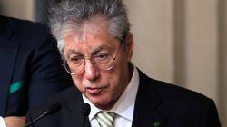 Chiesti 4 anni di carcere per Bossi: l'accusa è di aver truffato lo
