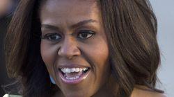 Michelle Obama mostra i suoi veri capelli ed è molto più bella