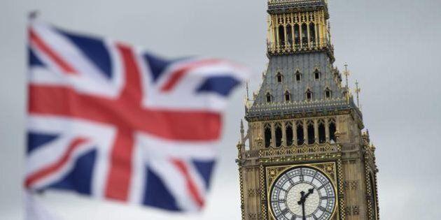 Brexit, due sondaggi danno in testa l'abbandono della Ue sul filo di
