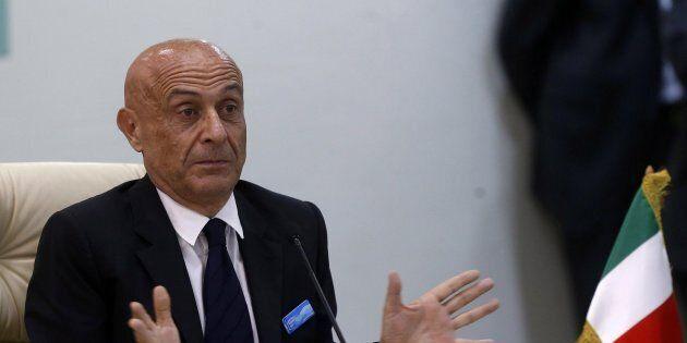 Marco Minniti era pronto a farsi da parte. Arriva il sostegno del Quirinale e un chiarimento politico...
