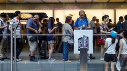 La coda per comprare l'iPhone 7 a Singapore è più corta di