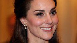 L'abito di Kate per la serata di celebrazione dei rapporti con l'India è da vera