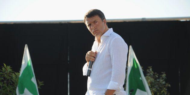 Matteo Renzi ringrazia Agnese e si scaglia contro i leccac... di professione: