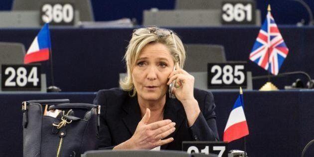 Il Parlamento dell'Ue chiede la revoca dell'immunità a Marine Le Pen (su proposta
