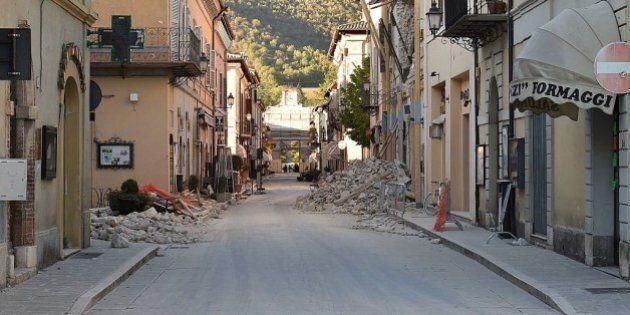Referendum tra le macerie, i paesi del sisma al voto tra ricerca di normalità e segnale al governo: