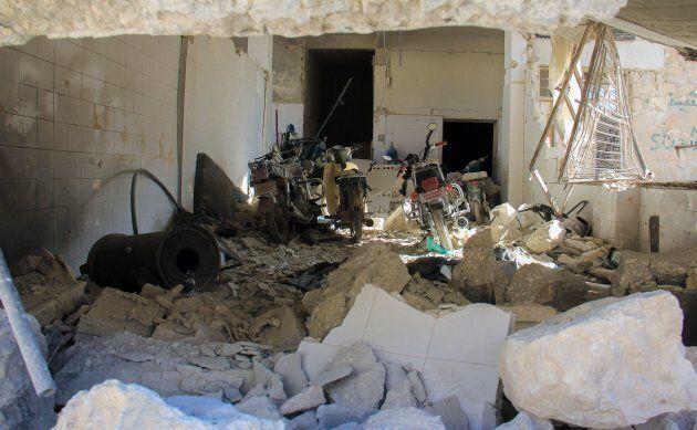 Il racconto del giornalista del Guardian che è riuscito a entrare nella città siriana colpita dall'attacco