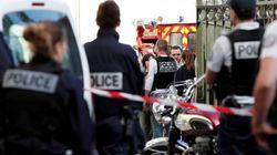 Parigi non turbata dall'attentato. Macron inasprisce le