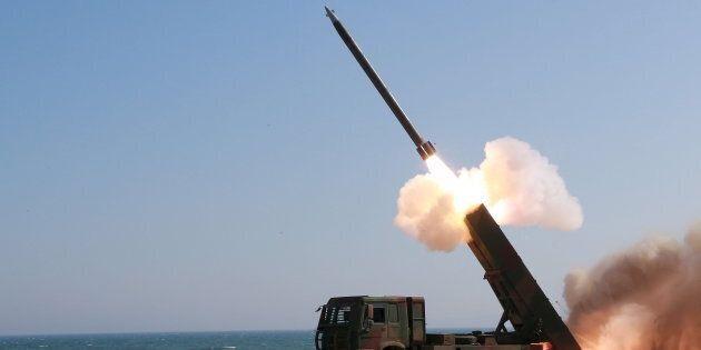 Il Giappone pronto a colpire i missili nordcoreani verso