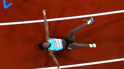 A 15 metri dal trionfo: la campionessa olimpica cede sul