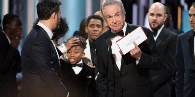 Oscar 2017, licenziato Brian Cullinan, l'uomo che aveva sbagliato a consegnare la busta col titolo del...