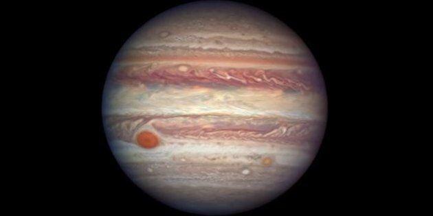 Giove fotografato dalla NASA nel giorno in cui si è allineata a Terra e