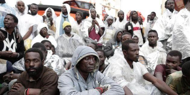 Ue rischia di dover rimpatriare un milione di migranti. Merkel in visita in Egitto e Tunisia con focus...