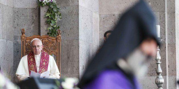 Papa Francesco in Armenia parla di genocidio. Furiosa la Turchia: