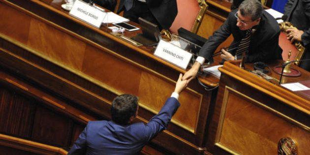 Referendum, il No attacca sull'elezione dei senatori: Renzi mente, questo Parlamento non può approvare...