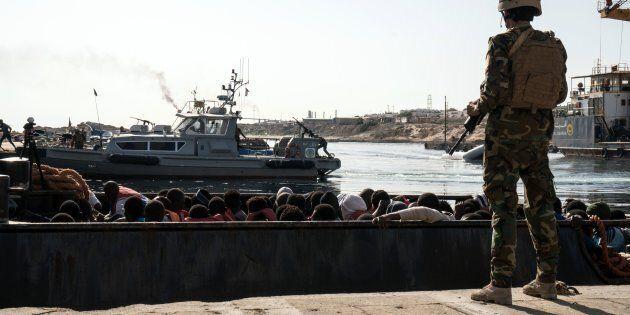 I libici impongono il