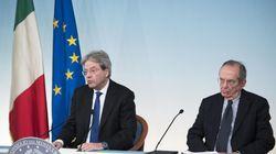 Renzi convince Padoan: niente tasse nuove. Ma mancano all'appello 600 milioni di
