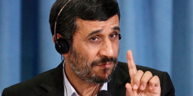 Mahmoud Ahmadinejad ritorna in campo: sarà candidato alle elezioni presidenziali in