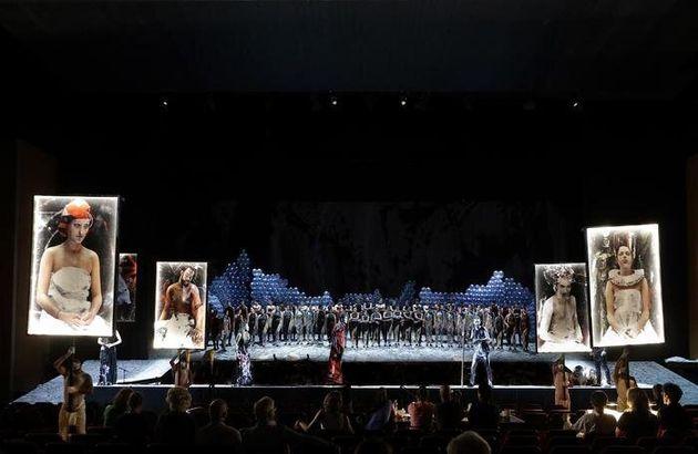 PESARO - Rossini Opera Festival: una scena dell'opera 'Le Siege de