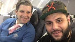 Un musulmano si siede sull'aereo accanto al figlio di Trump. E il dialogo tra i due è