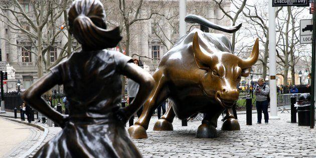 Lo scultore del toro di Wall Street si scaglia contro la