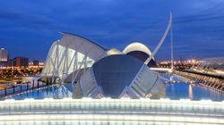 Paella, flamenco e bike tour: 10 motivi per visitare