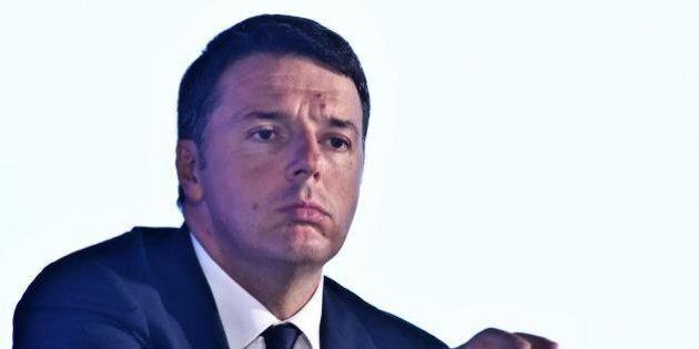 Renzi benedice le nuove sigarette elettroniche di nuova generazione. Venerdì il premier inaugura a Bologna...