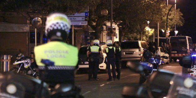 Attentato a Cambrils, le cinture esplosive dei 5 terroristi erano