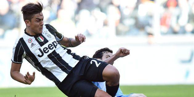 Serie A di calcio: si giocherà anche durante le feste