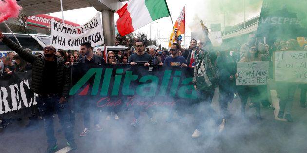 La lunga giornata di Alitalia in una girandola di incontri: per ora accordo a
