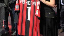 Berlusconi lascia il Milan ma