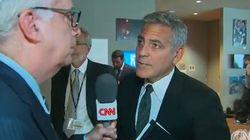Dalla reazione sembra che George Clooney non sapesse nulla del divorzio dell'amico Brad