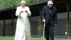 THE OLD POPE - 90 anni per Ratzinger, il papa della