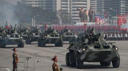 Alla parata spunta l'Icbm. Cosa si è capito di più dell'arsenale militare di Kim