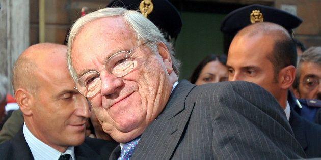 È morto Guido Rossi, il giurista che ha guidato Telecom e Consob. Fu commissario della Figc tra le