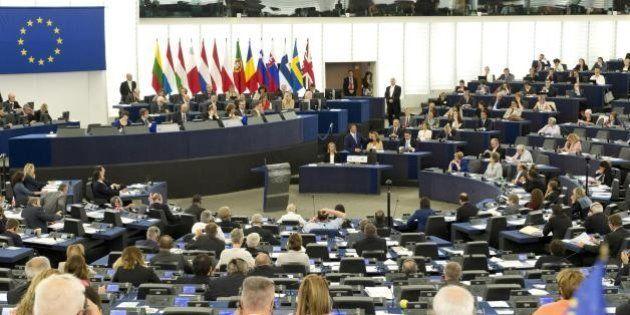 Rimborsi Ue, Lara Comi, Daniela Aiuto, Laura Agea: gli eurodeputati italiani che hanno abusato dei soldi